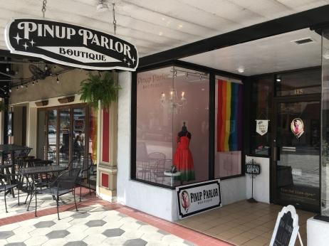 2017 Mainstreet Flags - Pinup Palor